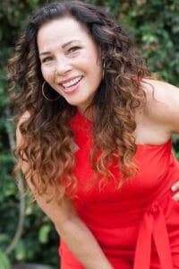 Marabina Jaimes - TheTrendTalk - on Voices of Courage with Ken D. Foster